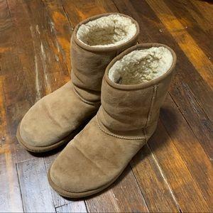 UGG Classic Short Boot Chestnut